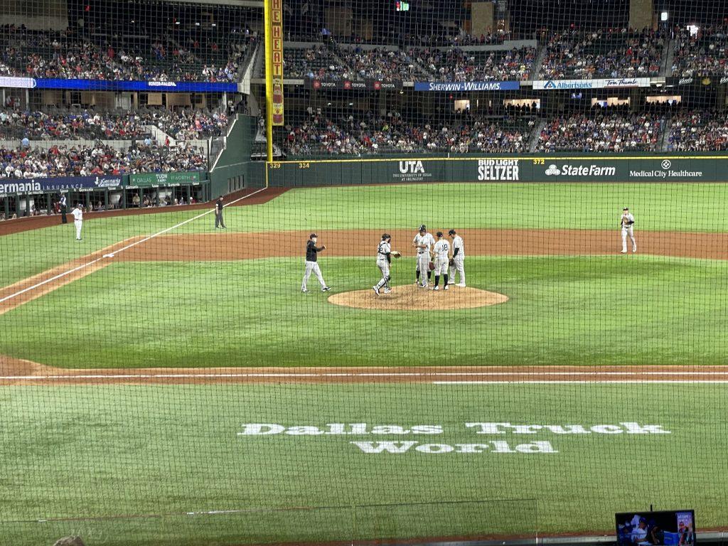Best Seats at Texas Rangers new ballpark - section 19